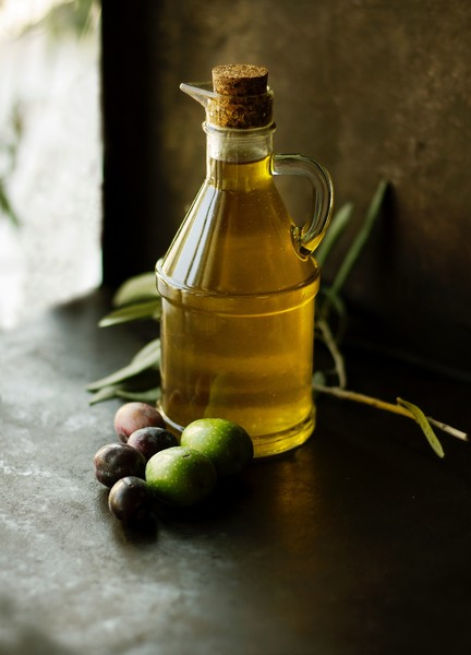 Use Olive Oil As A Makeup Remover
