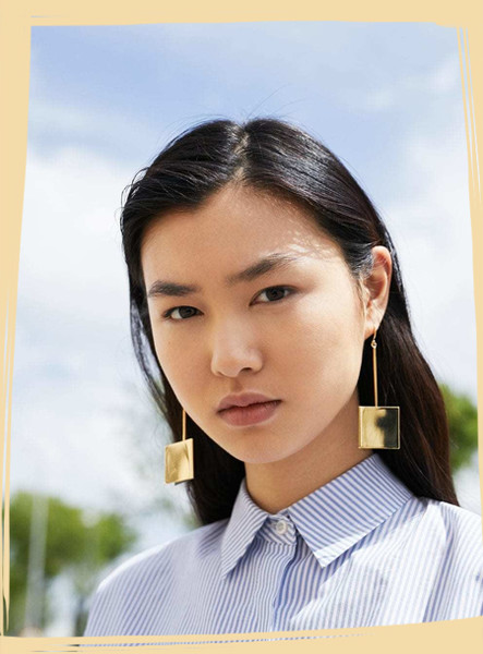 Statement Earrings to Spice Up Any Outfit