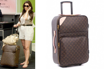 Kim Kardashian Loves to Lug Louis Vuitton