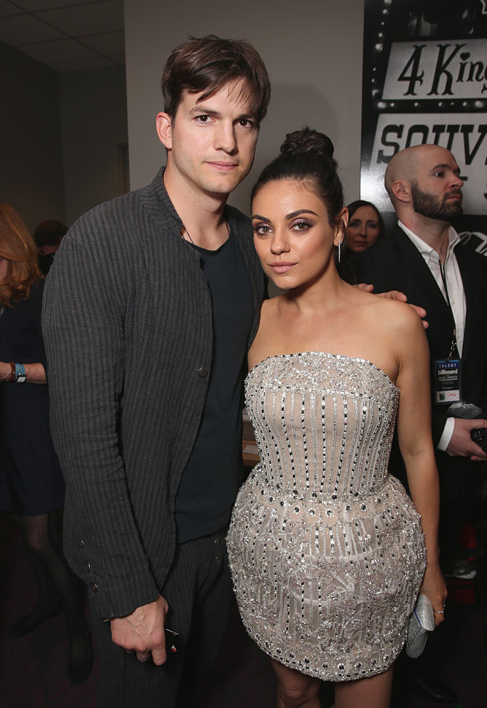 Mila Kunis And Ashton Kutcher - Celebrity Couples with Extreme Height Differences - Livingly