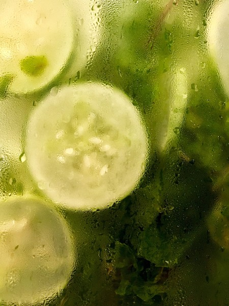 Use Cucumbers On Puffy Eyes