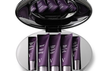 Beauty Obsession of the Day: VBeaute's It Kit and Anti-Aging Tinted Lip Gloss