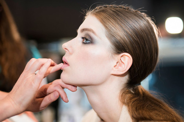 Beauty Inspiration From the Fall 2016 Couture Runway