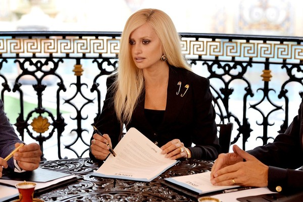 Donatella Versace, The Assassination Of Gianni Versace: American Crime Story