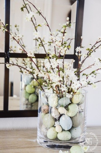 Easter Egg Centerpieces