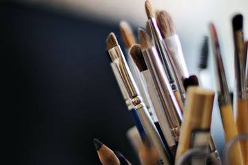 Make-Up Brushes: Choosing And Using Different Makeup Brushes