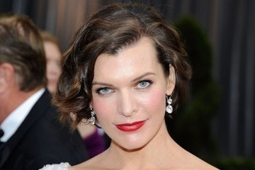 How to Recreate Milla Jovovich's 2012 Oscars Makeup Look