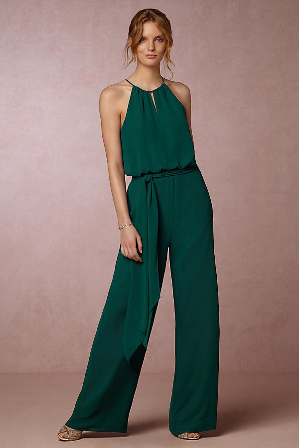 Emerald jumpsuit how to wear the high neckline trend - Jumpsuit zur hochzeit ...
