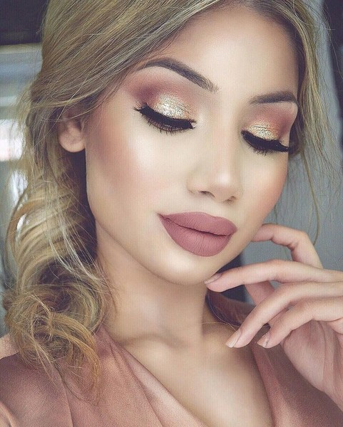 Rose Gold Bronze Makeup Look