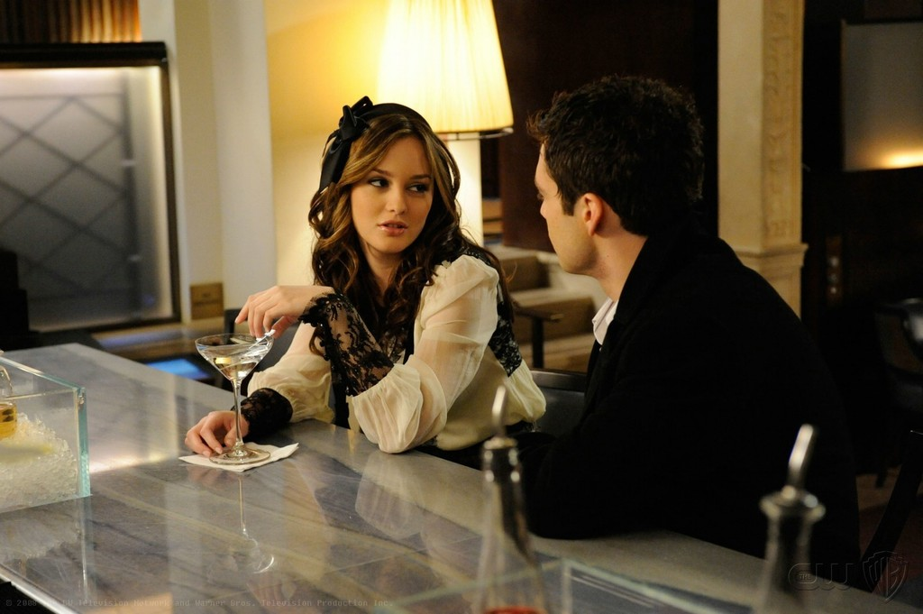leighton meester and sebastian stan on  u0026 39 gossip girl