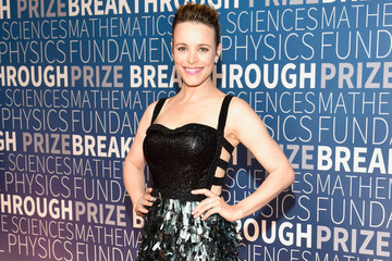 Rachel McAdams Breast Pumped In Versace During A Photoshoot And It Could Not Be More Badass