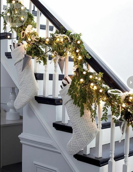 Open Staircase Decor