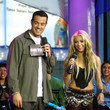 Aaliyah Surprises Carson Daly With A Snake