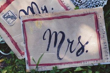 Pros and Cons of Changing Your Name After Marriage