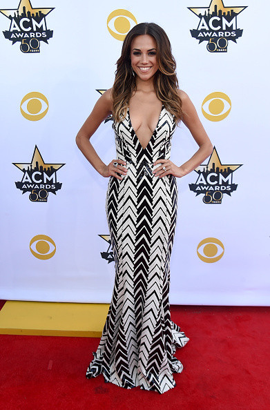 Jana Kramer In Plunging Chevron Stripes, 2015