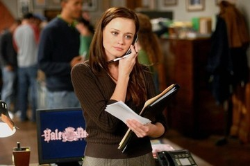 The Process of Finding a Job, as told in 'Gilmore Girls' GIFs