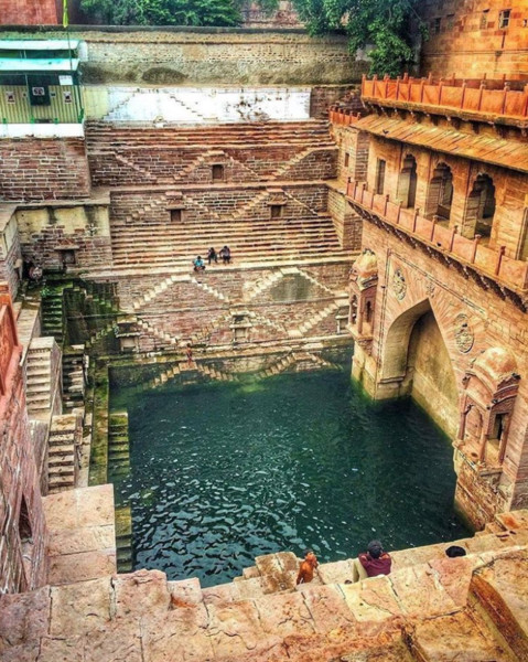 Chand Baori Well, Rajasthan, India
