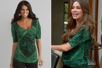 Sofia Vergara's Green Top on 'Modern Family'