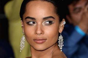 Zoe Kravitz Wore The Coolest Eyeshadow, Come See