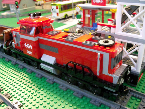 1981: Lego Train - The Most Popular Christmas Toy from the Year You ...
