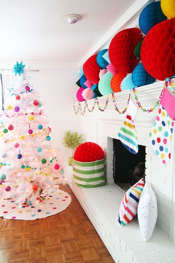 Colorful Ways To Decorate Your House For The Holidays
