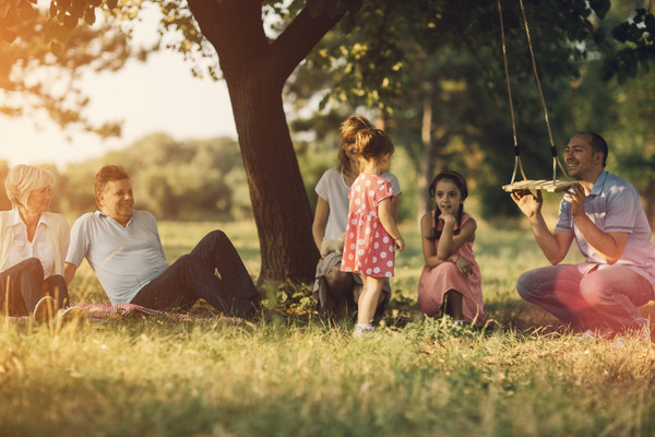 Ways To Survive Introducing Your New BF To Your Family