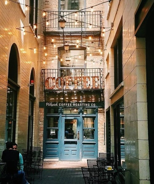 Pickwick Coffee In Chicago