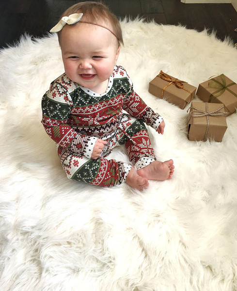 Super Cute Christmas Outfits