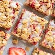 100-Calorie Strawberry Oatmeal Bars