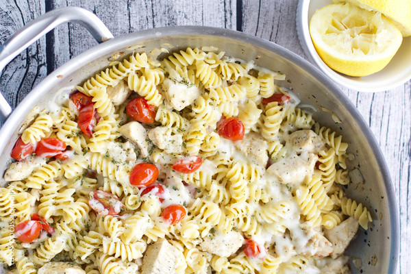 One-Pan Spicy Lemon Chicken Pasta with Tomatoes