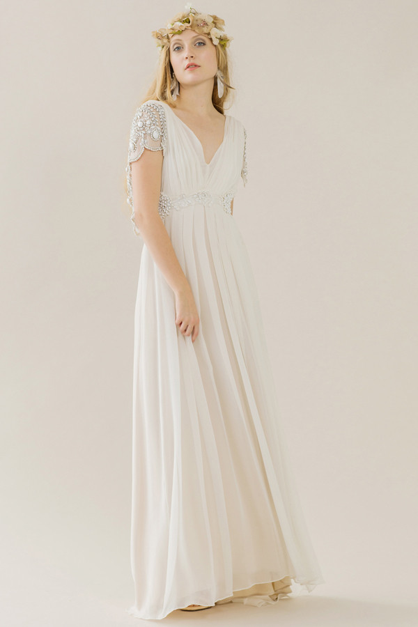 Grecian goddess the best bohemian wedding dresses livingly for Grecian goddess wedding dresses