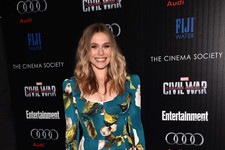 Look of the Day: Elizabeth Olsen's Floral Frock