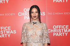 Look of the Day: Olivia Munn's Sheer Glam