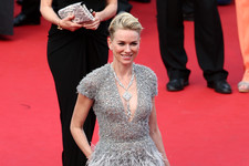 Happy Birthday Naomi Watts! See Her Style Evolution!