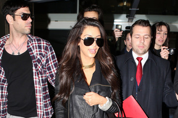 Kim Kardashian Rocks Skinny Jeans at the Airport
