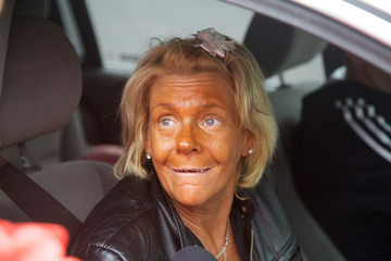 Stop the Presses! Tan Mom Has Stopped Tanning