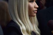 Nicki Minaj Long Wavy Cut with Bangs