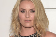 Lindsey Vonn Medium Wavy Cut