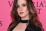 Ireland Baldwin Long Wavy Cut
