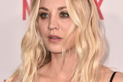 Kaley Cuoco Long Wavy Cut