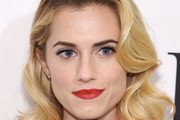 Allison Williams Medium Curls