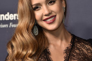 Jessica Alba Side Sweep
