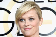 Reese Witherspoon Chignon