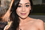 Aimee Garcia Side Sweep