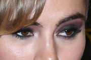 Suki Waterhouse Smoky Eyes